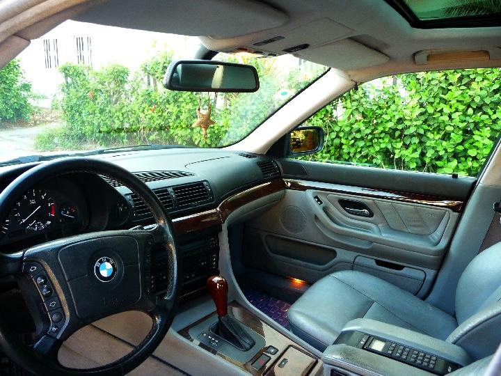 BMW 728i E38 interior